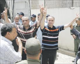 معتقلون ضمن خلية بليرج يضربون عن الطعام