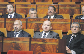 الحكومة تنكب على إعداد مشروع القانون المالي