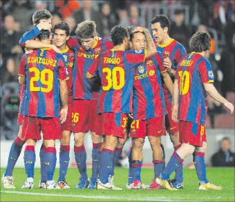 برشلونة يفك عقدة روبن كازان