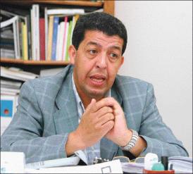 بطاس: المغاربة ينظرون بحذر إلى الطب النفسي