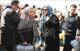 مغاربة عائدون يروون جحيم الحرب في ليبيا