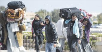 القوات الليبية تقصف البريقة وواشنطن تدرس كافة الخيارات