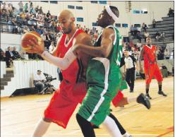 الإصابة تبعد الإدريسي عن بطولة إفريقيا
