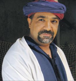 الفنان بلمجاهد يهدد بالإضراب عن الطعام