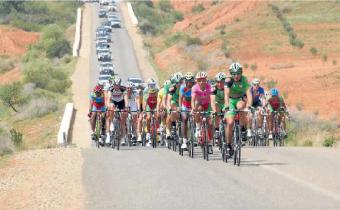 منتخب الدراجات يسيطر على الطواف