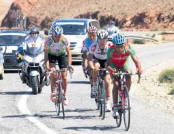 منتخب الدراجات يواصل صدارة الطواف