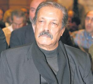 عبد العظيم الشناوي يجتاز وضعا صحيا صعبا