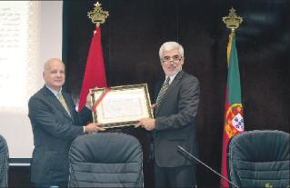 جامعة شعيب الدكالي تمنح دكتوراه فخرية لماريو سواريس