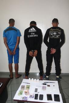 اعتقال متهمين متلبسين بالسرقات