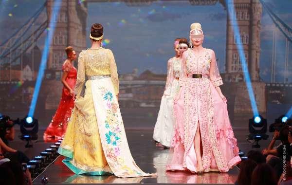 عرض القفطان المغربي بباريس في 24 نونبر