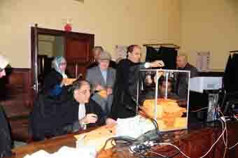 أعضاء نقابة المحامين بالبيضاء مهددون بالتنحي