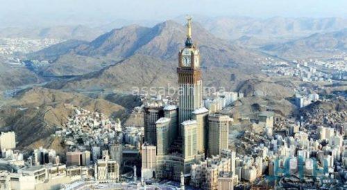 هاذي بزاف ... الحوثيون يستهدفون البيت الكريم بصاروخ باليستي والسعودية تعترضه
