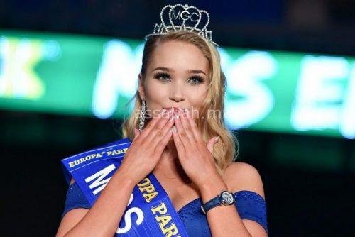 الغيرة ومادير ... طرد ملكة جمال إيسلندا من مسابقة ملكة جمال العالم لأنها بدينة وإليكم صورها المثيرة
