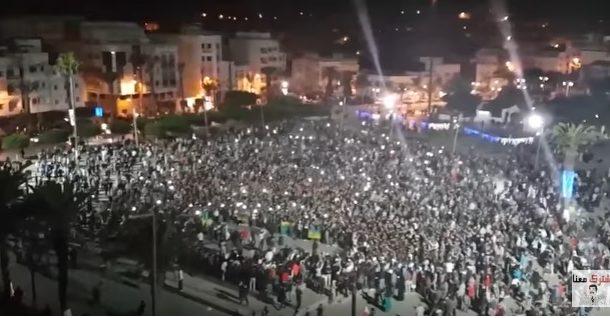 مسيرات ليلية بالحسيمة في أول أيام رمضان