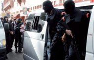 فيديو ... جانب من المواطنين المتجمهرين أمام عمارة الإرهابيين بفاس