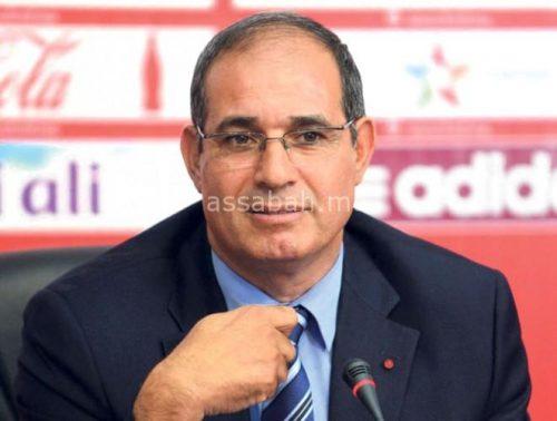 بالفيديو .. الزاكي في طريقه للاستقالة بالجزائر