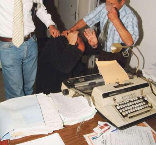 34 سنة للأمنيين المتهمين بالتعذيب