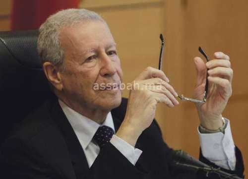 بلمختار يهدد بمقاضاة مدير إقليمي سابق