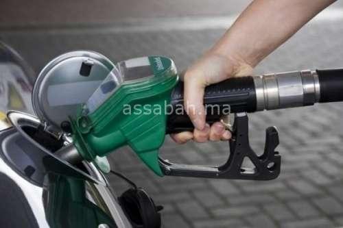 انخفاض أسعار النفط ب 4 في المائة