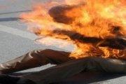 وفاة النادل المحترق