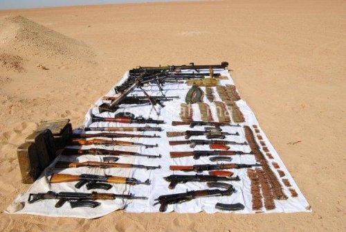 اكتشاف مخبأ أسلحة ضخم بالجزائر