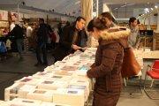 المعرض الدولي للكتاب ... فوضى وارتباك وملاسنات