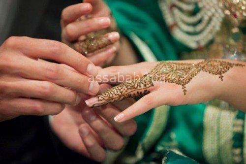 التحقيق في الترخيص لتزويج متزوجة!