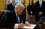 استقالة الناطق الرسمي للبيت الابيض يزيد الضغوط على ترامب