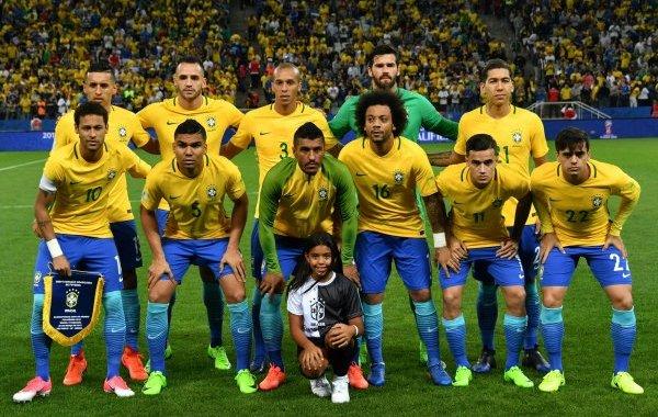 البرازيل أول المتأهلين لكأس العالم 2018
