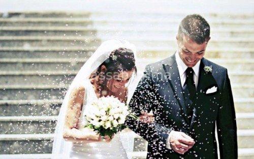 زواج المرأة من رجل يصغرها...
