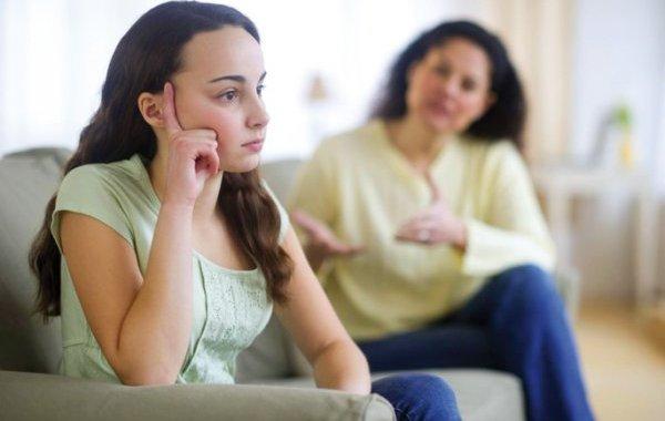 تخفيف سلطة الأب لكبح عصبية المراهق