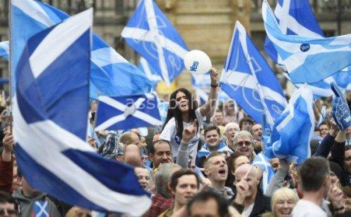 اسكتلندا تطلب الانفصال عن بريطانيا