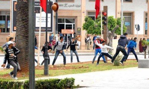 جرحى في مواجهات بين طلبة يساريين وإسلاميين