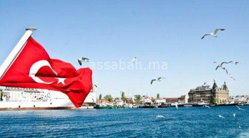 تركيا تعرض وساطتها لحل أزمة قطر ودول الخليج