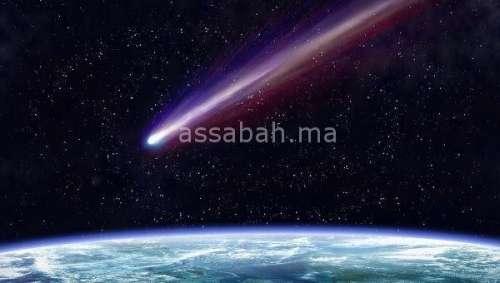 علماء: القمر يشهد هجوما عنيفا للنيازك والأرض مهددة