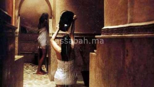 ابتزاز بفيديوهات الجنس ... ضحايا التصوير في الحمامات