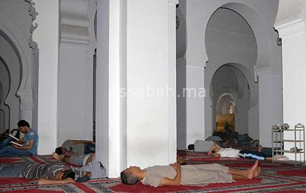 أجور متفقدي المساجد دون