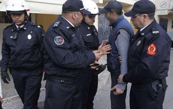 اعتقال حقوقي بتهمة النصب والاحتيال