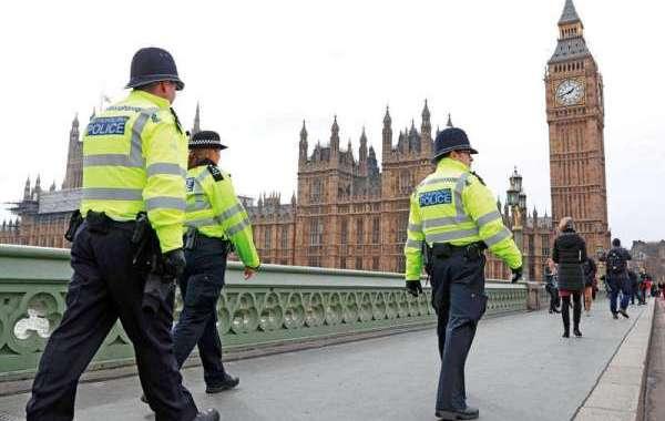 بريطانيا تعلن إحباط 6 مخططات إرهابية