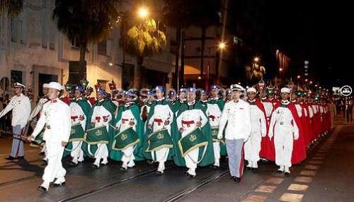 عيد الشباب : طواف المشاعل التقليدي يبهر عشرات الآلاف من المتفرجين بالمضيق وتطوان