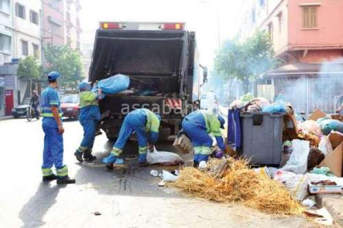 إضراب عمال النظافة في العيد