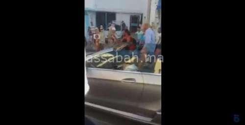فيديو .. الملك يتجول وسط أبناء شعبه بمارتيل