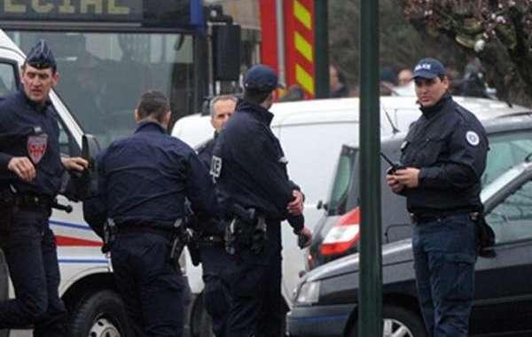 باريس تنجو من عملية إرهابية دامية جديدة