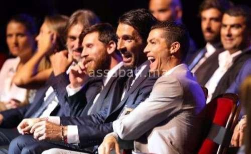 تتويج رونالدو بجائزة أفضل لاعب في أوربا