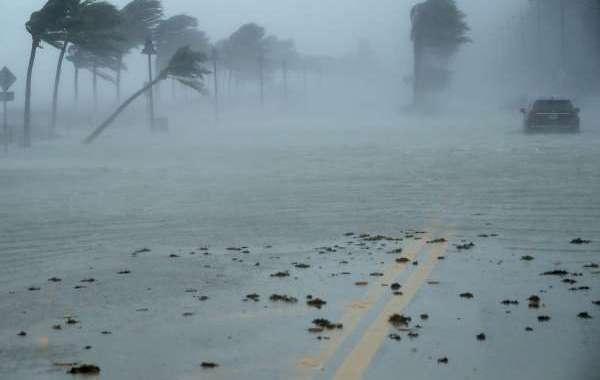 تحذيرات قوية ببريطانيا من إعصار