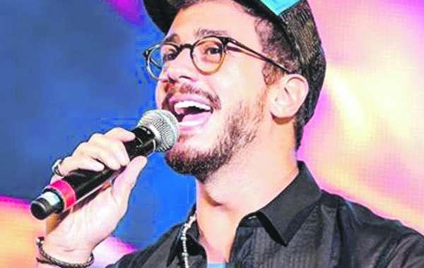 مغاربة ينافسون نجوما عالميين على الجوائز