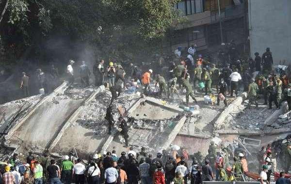 مئات القتلى في زلزال مدمر بالمكسيك