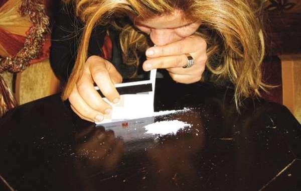 اعتقال برازيلية حاولت تهريب الكوكايين