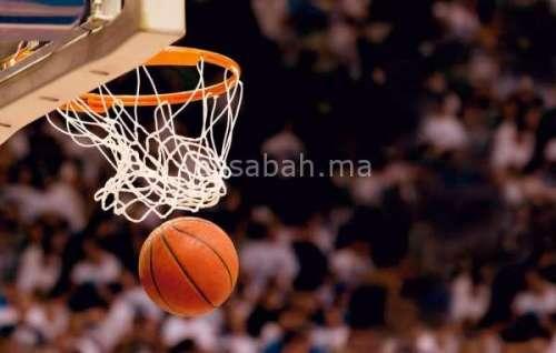 أسود السلة بدوري بتركيا