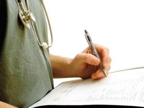 أطباء الإقامة يشتكون تأخر الترخيص